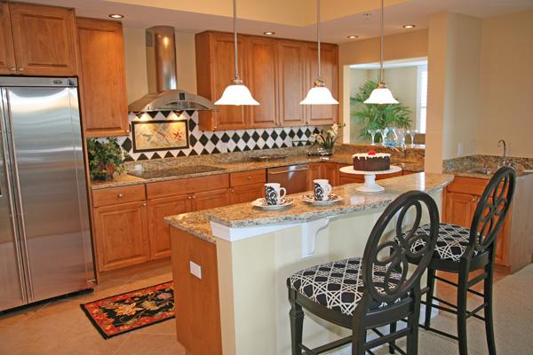 Siesta Key - Condo Kitchen
